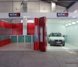 Freitas, BH - cabine de pintura e área de preparação